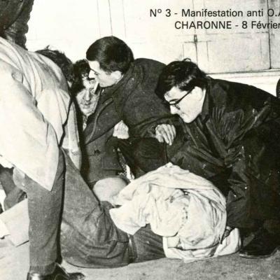 3 - Manifestants grièvement blessés au cours de la charge des C.R.S.