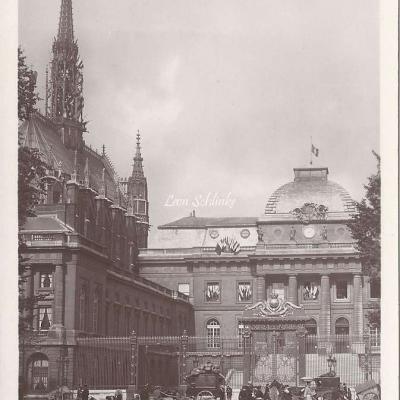 30 - Le Palais de Justice La Sainte Chapelle