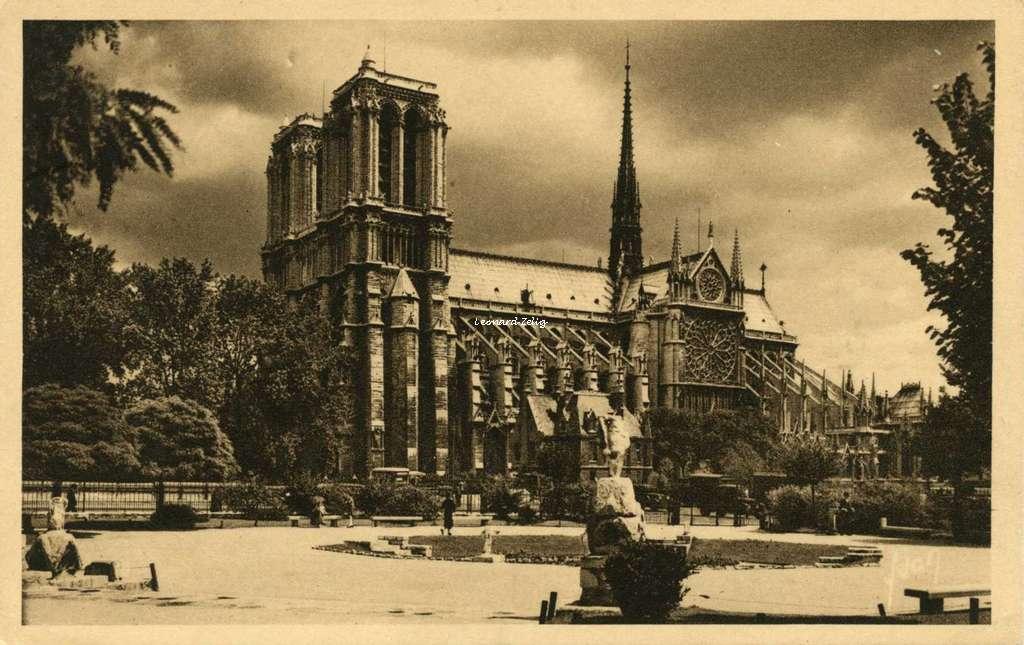 30 - Notre-Dame vue du Square René-Viviani