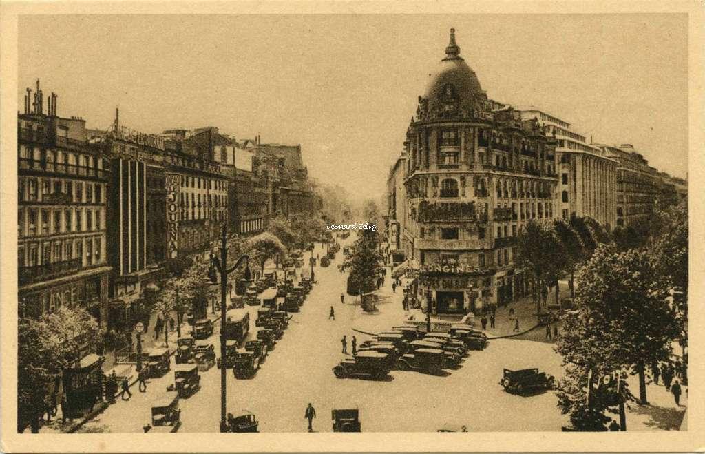 302 - Carrefour Richelieu-Drouot Boulevards des Italieus et Haussmann