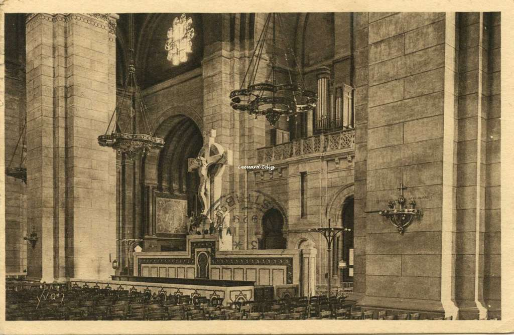 319 - Baslique du Sacré-Coeur de Montmartre - Le Banc d'oeuvre