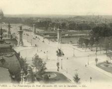 33 - PARIS - Vue Panoramique du Pont Alexandre III, vers les Invalides