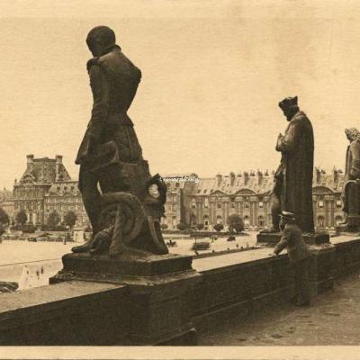 35 - Le Louvre - Terrasse du Pavillon Mollien