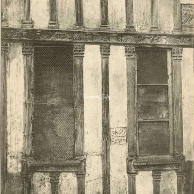 37 - Rue François-Miron, 32