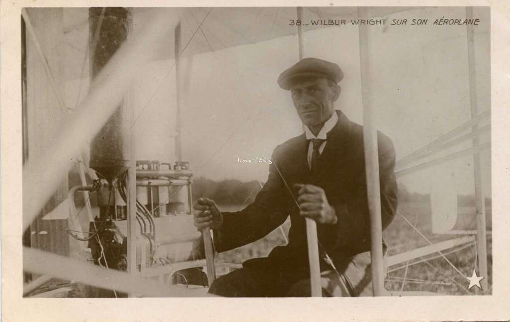 38 - Wilbur Wright sur son Aéroplane