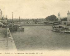 39 - PARIS - Vue générale du Pont Alexandre III