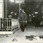 4 - Les C.R.S. après la charge à la bouche du Métro
