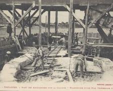 4 - Maçonnerie d'une pile (Septembre 1904)