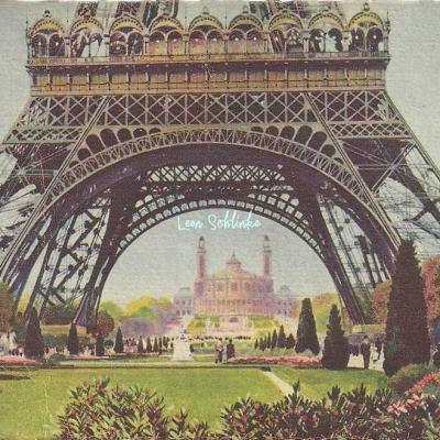 42 - Sous la Tour Eiffel (Le Trocadéro)