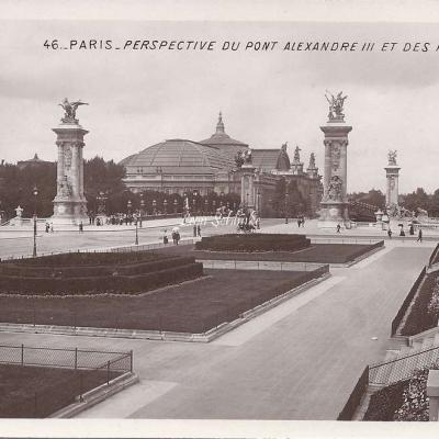 46 - Perspective du Pont Alexandre III et des Palais
