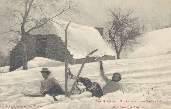 5 - Chute de skieurs
