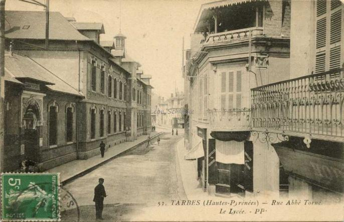 53 - Rue Abbé Torné. Le Lycée