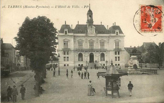 56 - L'Hôtel de Ville