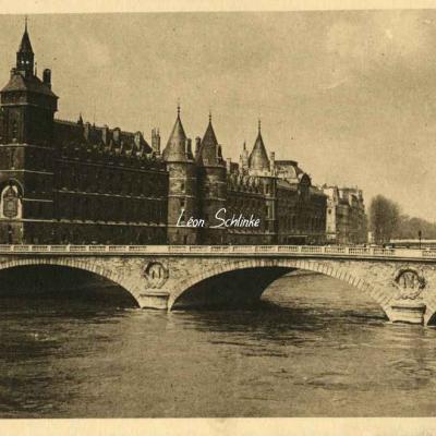 62 - Le Palais de Justice et le Pont au Change