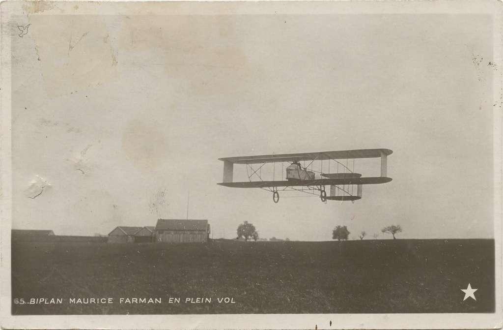 65 - Biplan Maurice Farman en plein vol