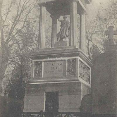 68 - Monument du Général Foy, Orateur politique
