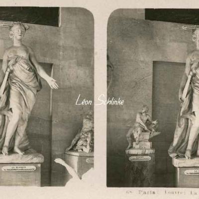 68 - Paris - Louvre - La Musique par Falconnet