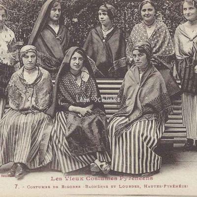 7 - Costumes de Bigorre (Bagnères et Lourdes)