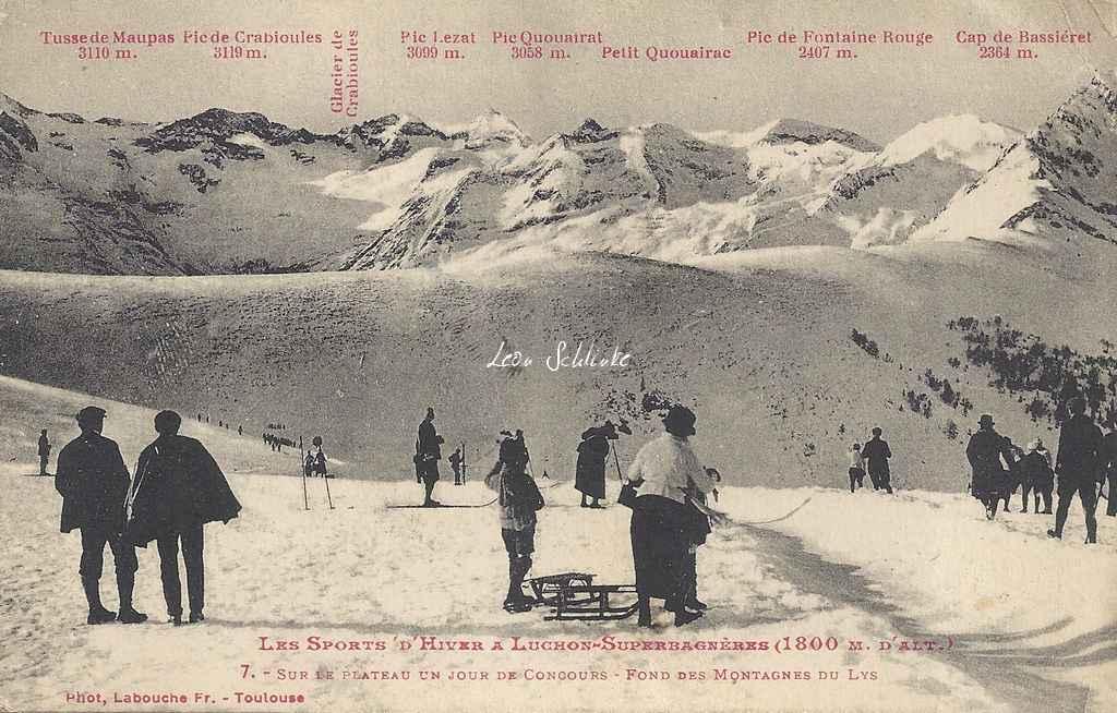 7 - Sur le Plateau un jour de Concours - Fond des montagnes du Lys