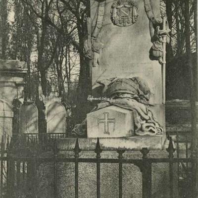 76 - Tombeau de Cyrius-Marie, Comte de Valence
