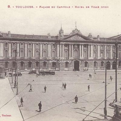 8 - Façade du Capitole - Hôtel de Ville