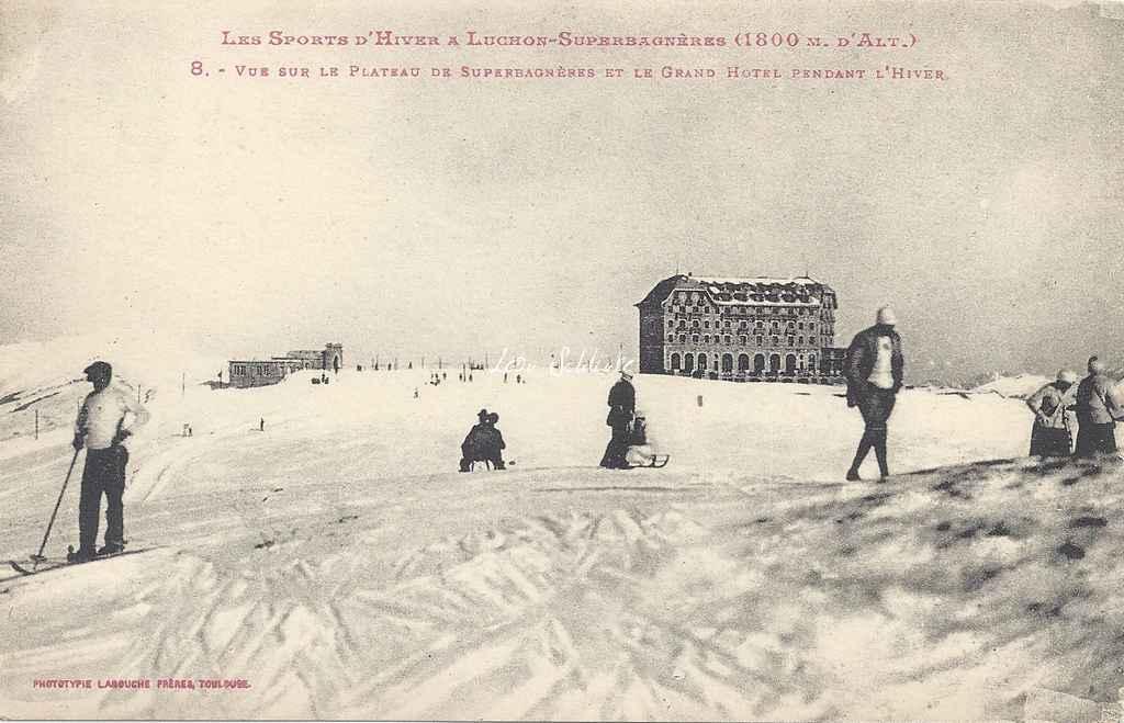 8 - Vue sur le Plateau de Superbagnères et le Grand-Hôtel