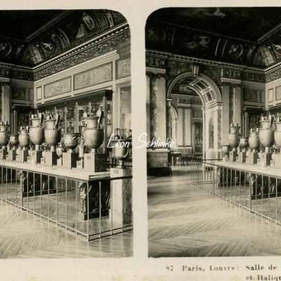 87 - Paris - Louvre - Salle des Céramiques Etrusques et Italiques