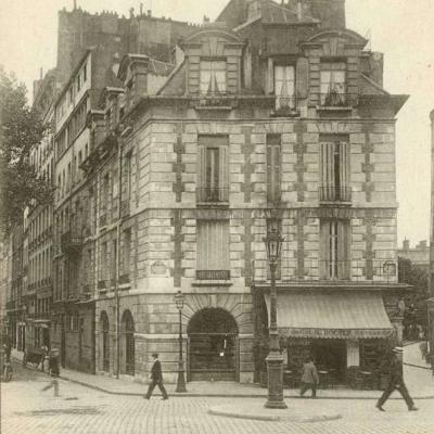 9 - Place du Pont-Neuf, 12