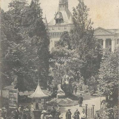 9 - Square du Capitole, angle Alsace-Lafayette
