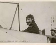 96 - Alfred Leblanc sur son Aéroplane