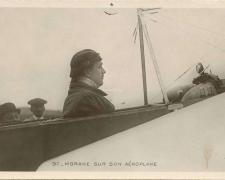 97 - Morane sur son Aéroplane