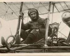 99 - L'Aviateur Legagneux sur son Aéroplane