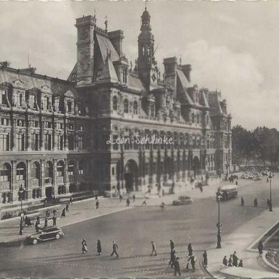 A.C. 2 - L'Hôtel de Ville
