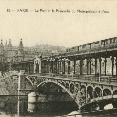 Abeille 86 - Le Pont et la Passerelle du Métropolitain à Passy