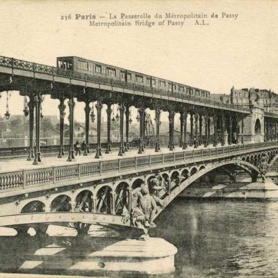 AL 236 - Paris - La Passerelle du Métropolitain de Passy