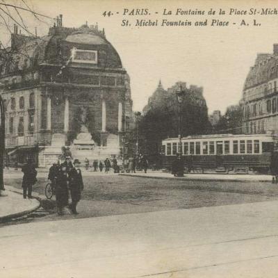 AL 44 - PARIS - Fontaine et Place Saint-Michel