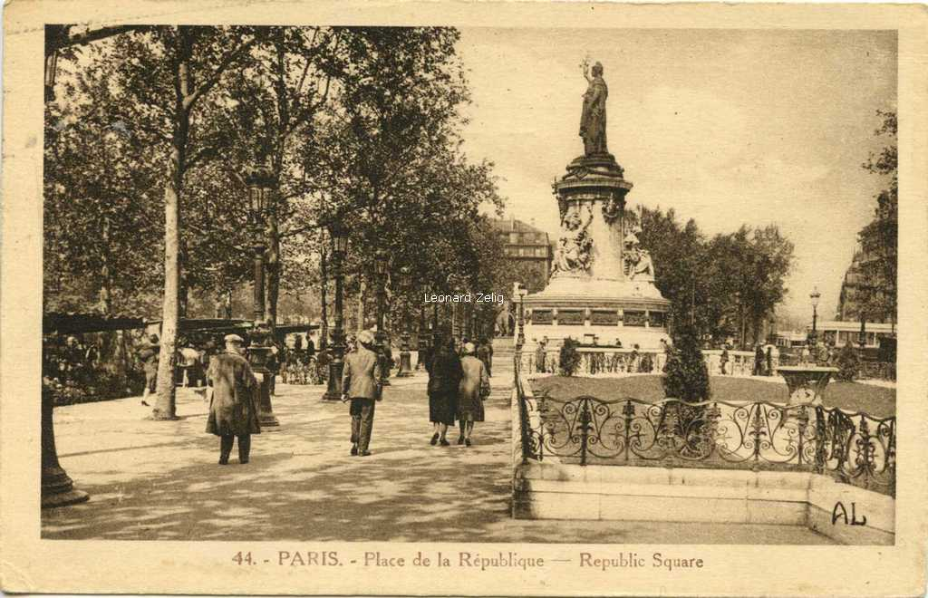AL 44 - PARIS - Place de la République
