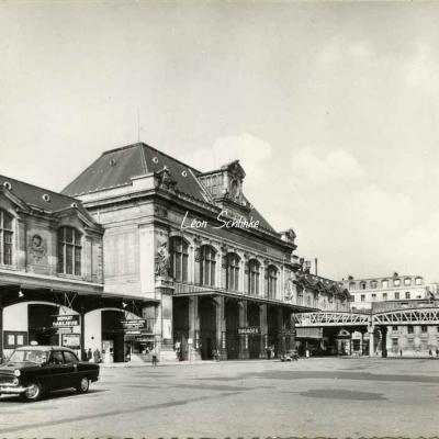 ALFA 7.490 D - La Gare d'Austerlitz, vue générale