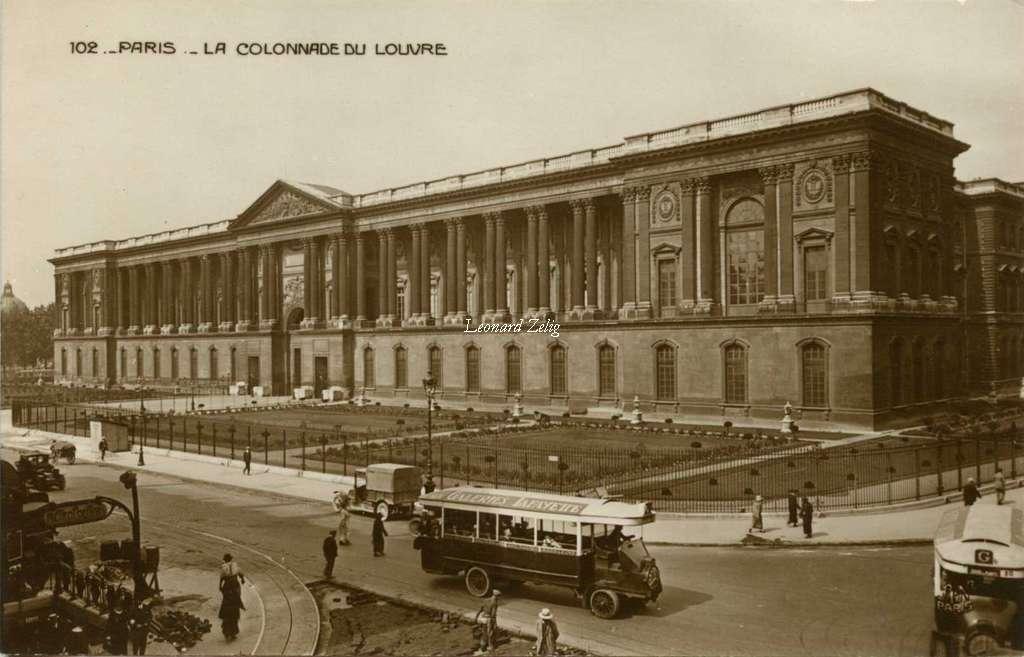 AN 102 - PARIS - La Colonnade du Louvre