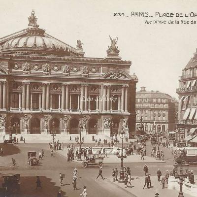 AN 234 - Place de l'Opéra vue de la Rue de La Paix