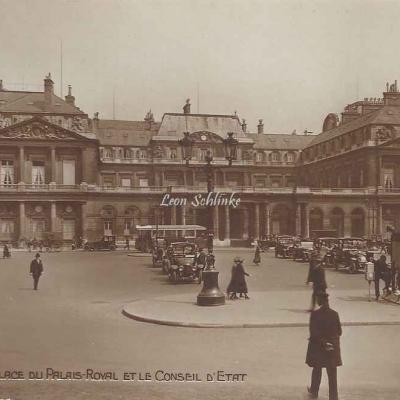 AN - 80 - La Place du Palais-Royal et le Conseil d'Etat