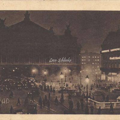 AP 10 - Paris la nuit - L'Opéra et la Place
