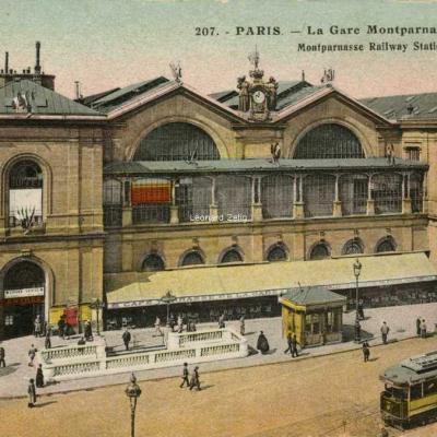 AP 207 - PARIS - La Gare Montparnasse