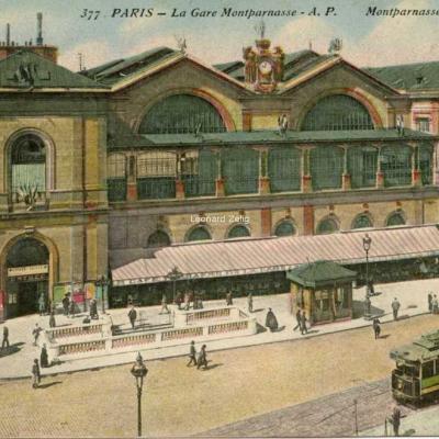 AP 377 - PARIS - La Gare Montparnasse