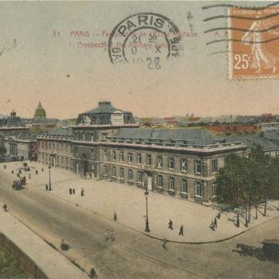 AP 51 - PARIS - Perspective de l'Ecole Militaire