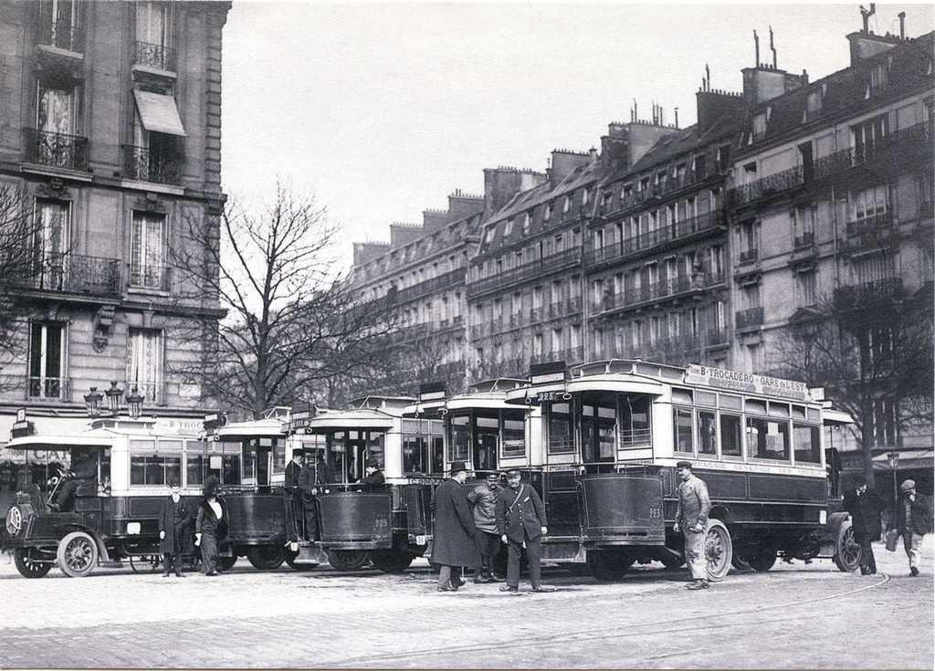 Autobus Schneider PB2 de la ligne B, Place du Trocadéro en 1911