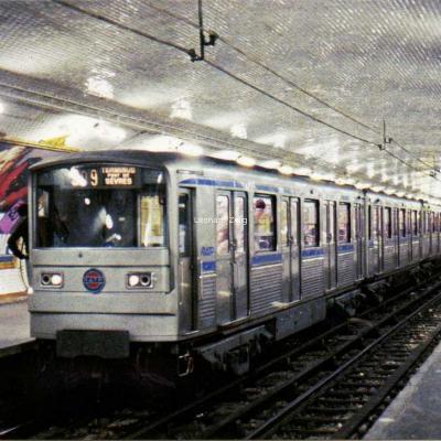Baudry Alain 76 - Metro RATP MF 67 type A2 Zébulon à Oberkampf