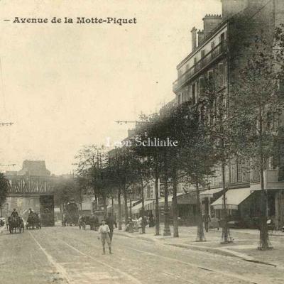 Dupleix à La Motte-Picquet Grenelle