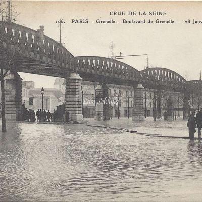 ELD 106 - Boulevard de grenelle inondé