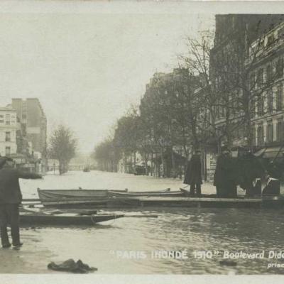 Boulevard Diderot, prise de la Gare de Lyon